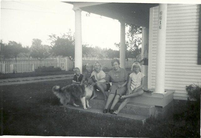 granny and hinga kids
